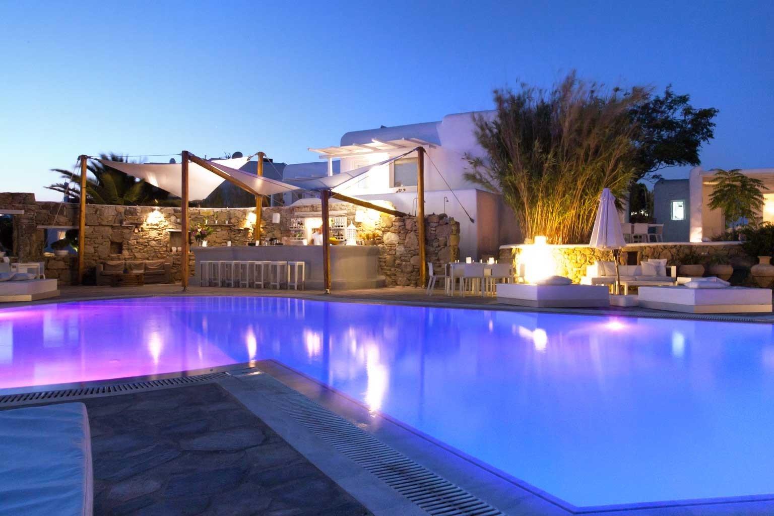 Exterior Lounge Luxury Modern Pool sky swimming pool property leisure Resort reflecting pool Villa backyard condominium