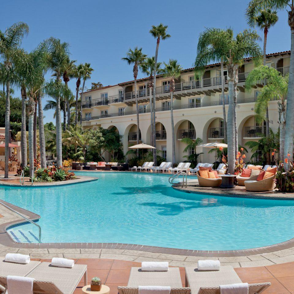 Exterior Lounge Luxury Modern Pool sky leisure property Resort swimming pool condominium palace Villa resort town plaza hacienda swimming