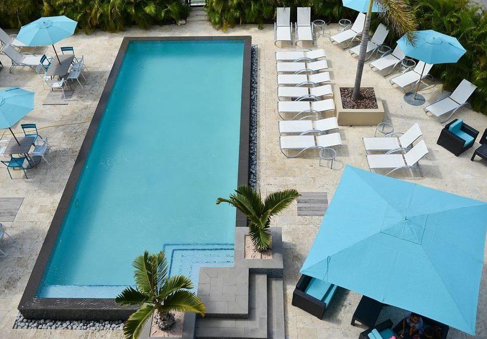 Exterior Lounge Luxury Pool leisure swimming pool blue backyard Villa