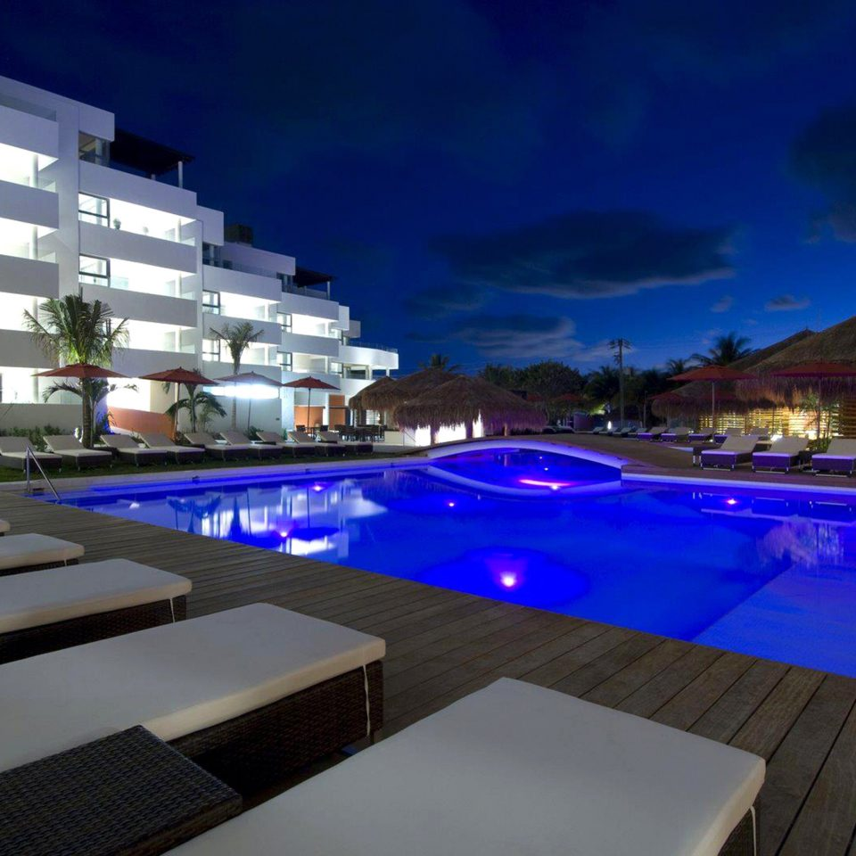 Exterior Lounge Modern Pool Waterfront swimming pool Resort lighting condominium screenshot convention center
