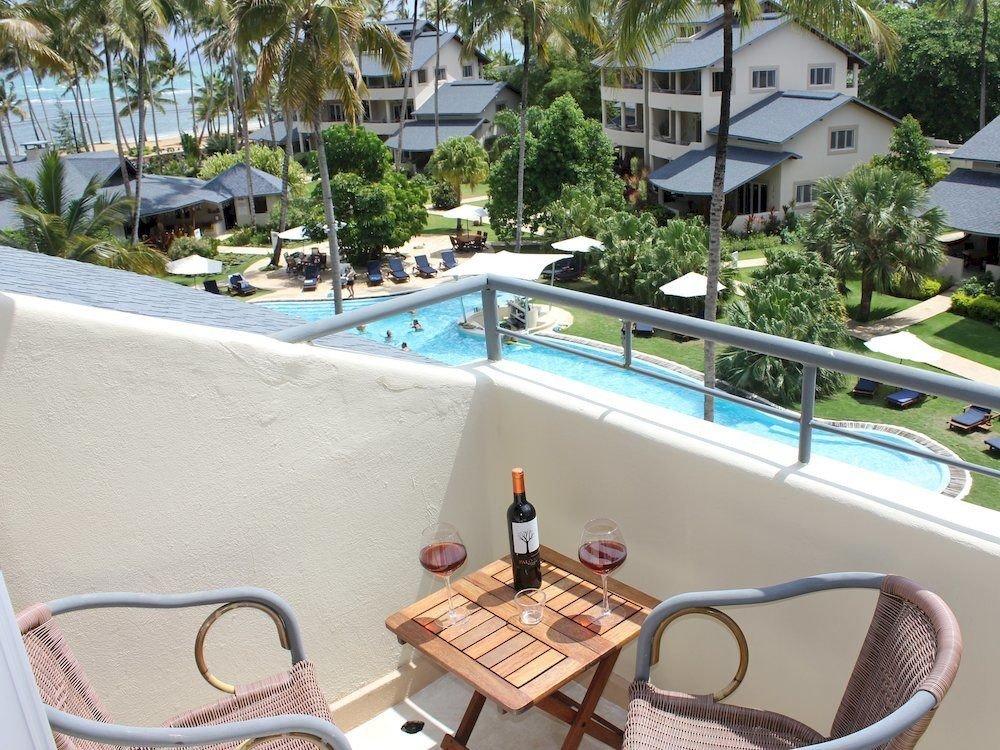 Exterior Lounge Pool swimming pool leisure property Resort Villa condominium home