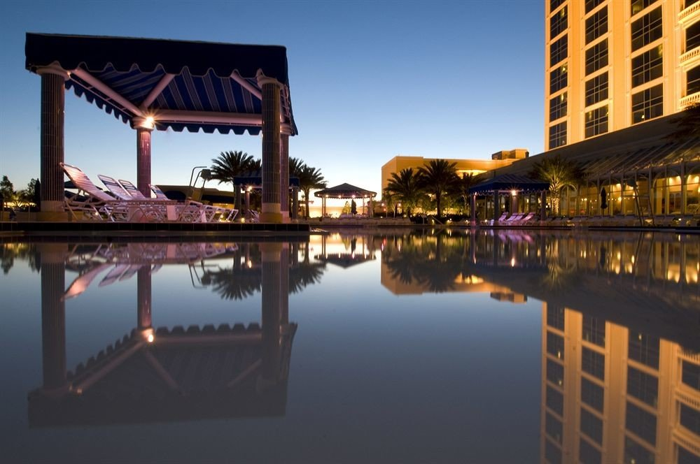 Exterior Pool Resort sky water landmark building River evening waterway dusk cityscape bridge dock