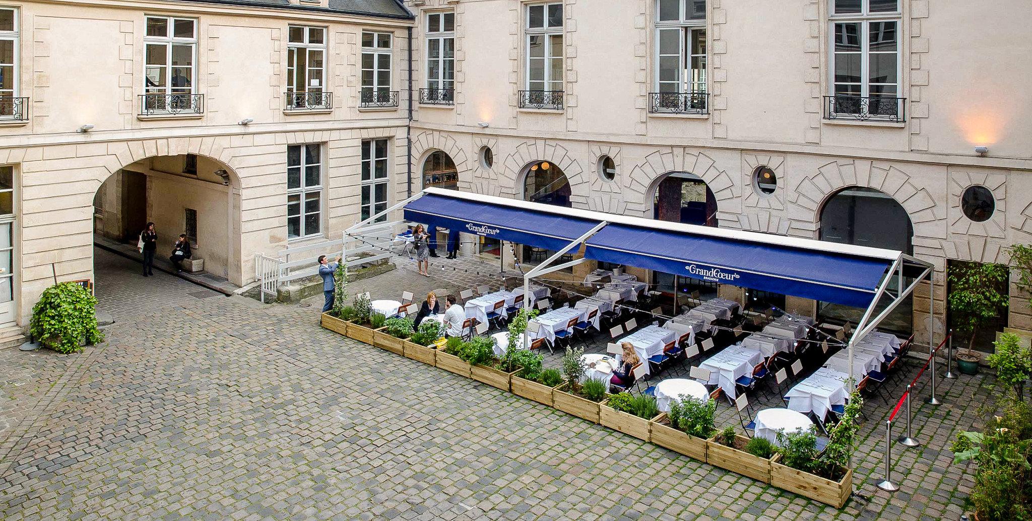 Food + Drink France Paris building Courtyard facade