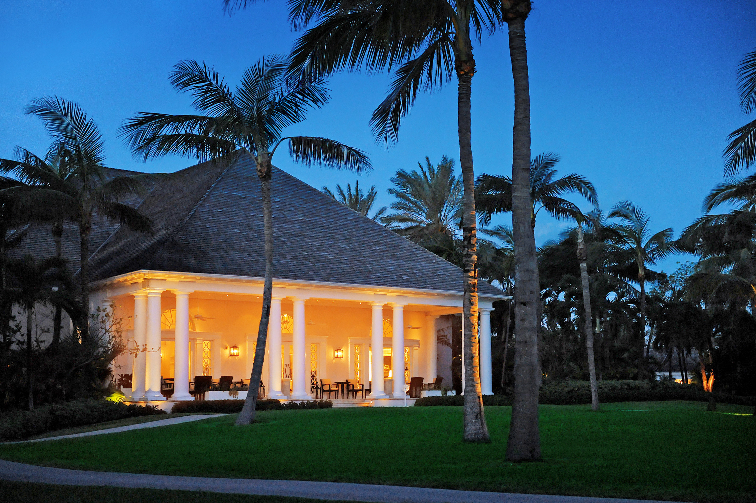 Family Grounds tree sky grass palm house Resort home arecales mansion plant