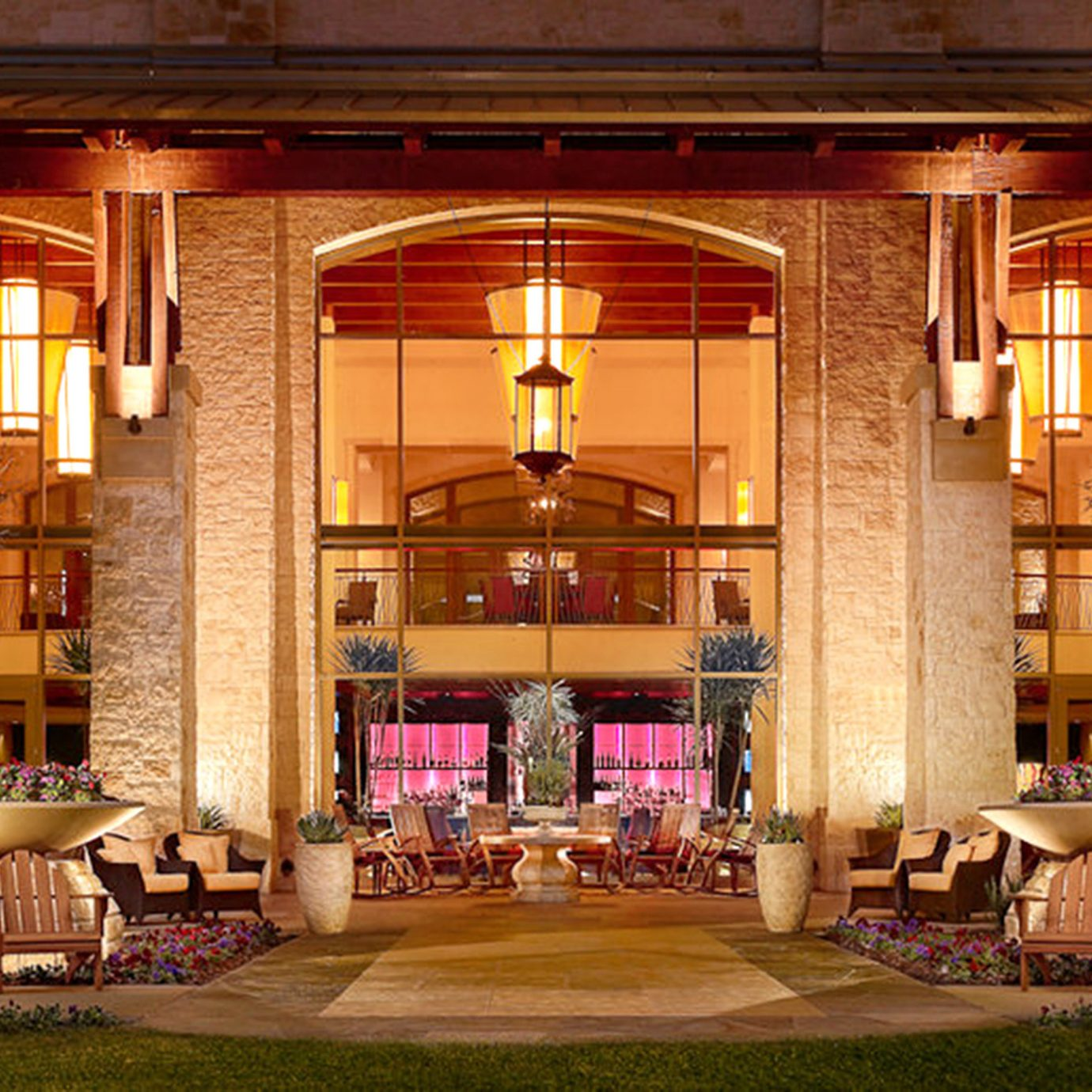 The Grand Hotel Mckinney Tx Jetsetter
