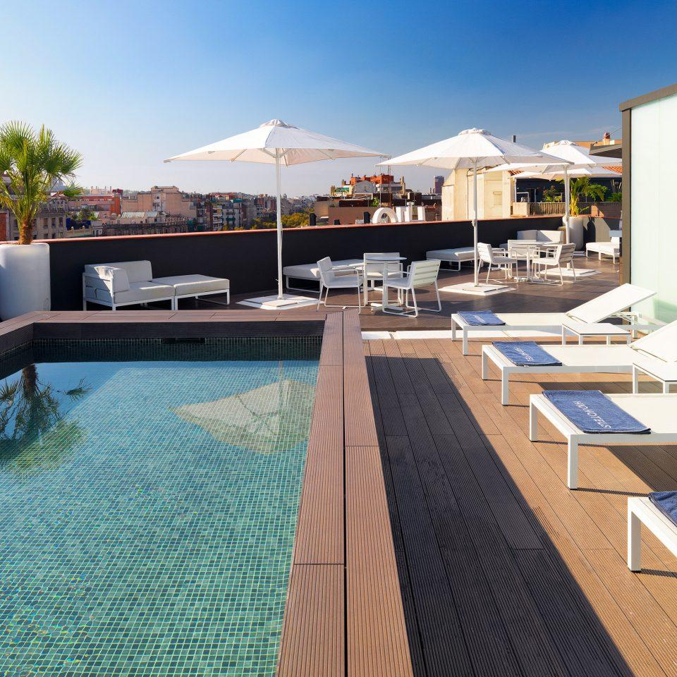 Family Play Pool Scenic views sky swimming pool property leisure Resort condominium Villa home