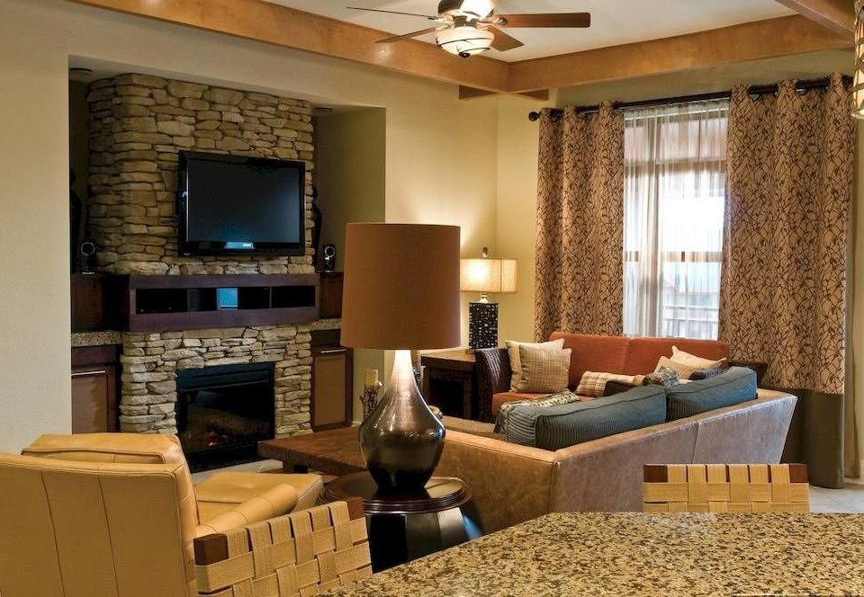 Family Resort living room property home condominium Suite hardwood cottage Villa flat