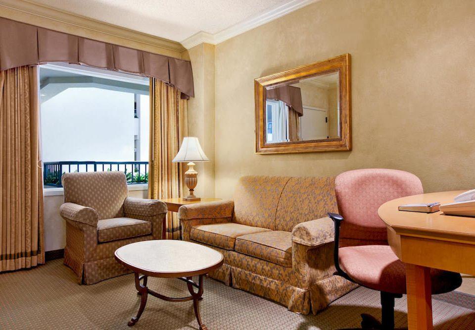 Family property Suite living room condominium home cottage Villa