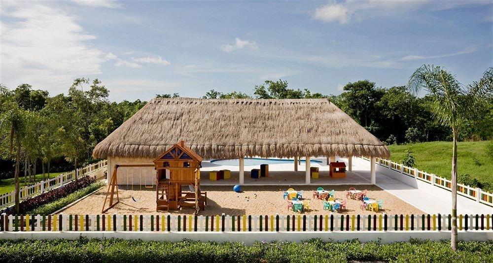 Hip Lounge Luxury Romantic Scenic views Tropical tree sky grass building house rural area Farm