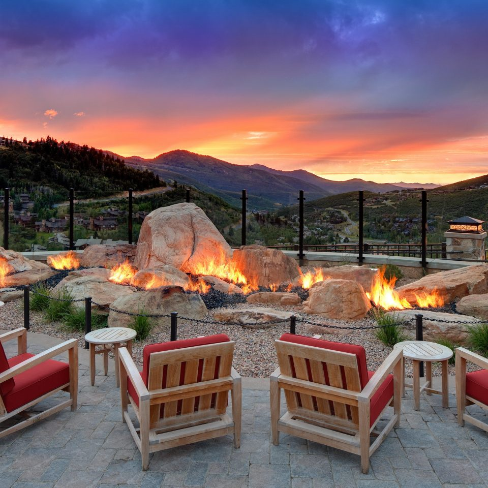 Firepit Fireplace Hip Lounge Luxury Modern Trip Ideas sky chair mountain set outdoor structure