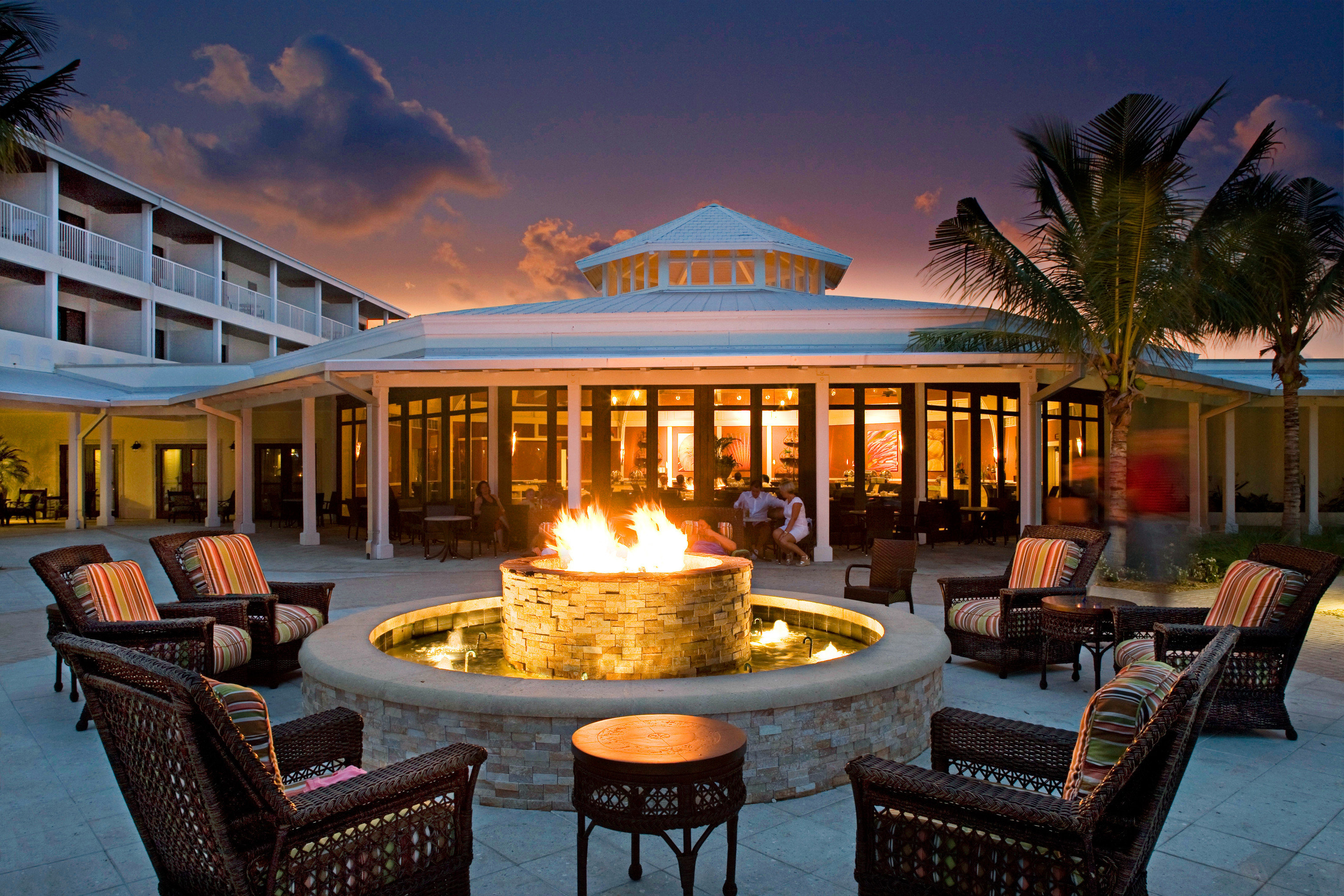 Firepit Hip Lounge sky property Resort home Villa mansion palace