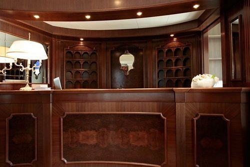 cabinet cabinetry yacht Fireplace