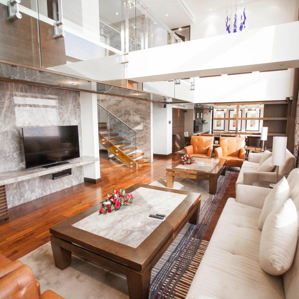 sofa property living room Fireplace home house cottage condominium loft farmhouse flat