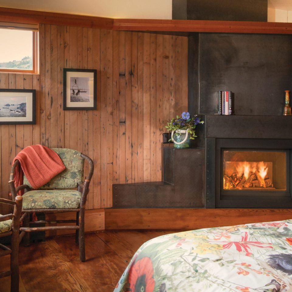 Fireplace property living room home house fire cottage hardwood farmhouse