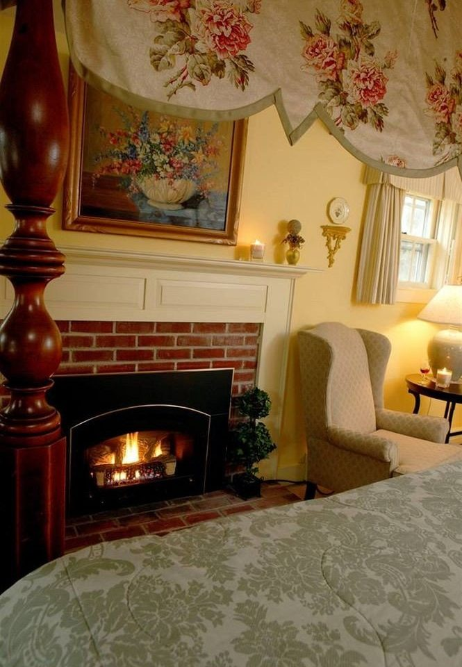 property living room Fireplace home hardwood flooring hearth cottage wood flooring