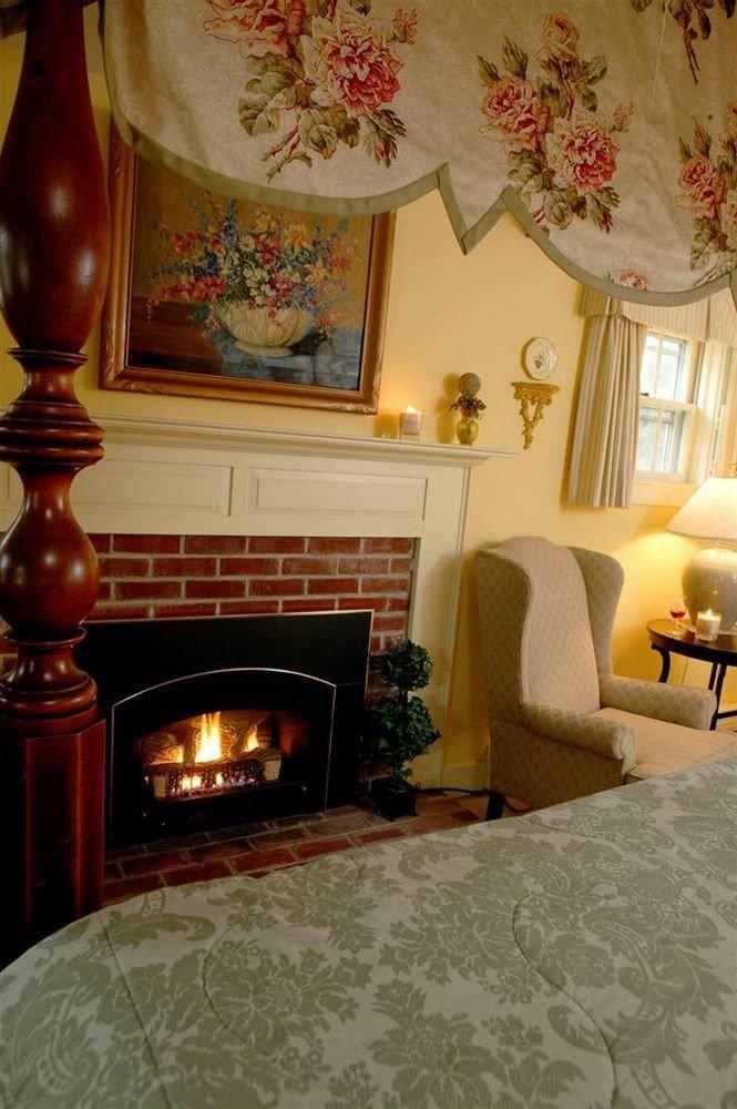 property living room Fireplace home hardwood flooring hearth cottage wood flooring