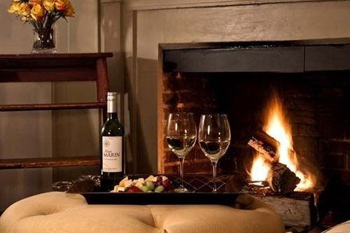 wine Fireplace hearth fire living room oven