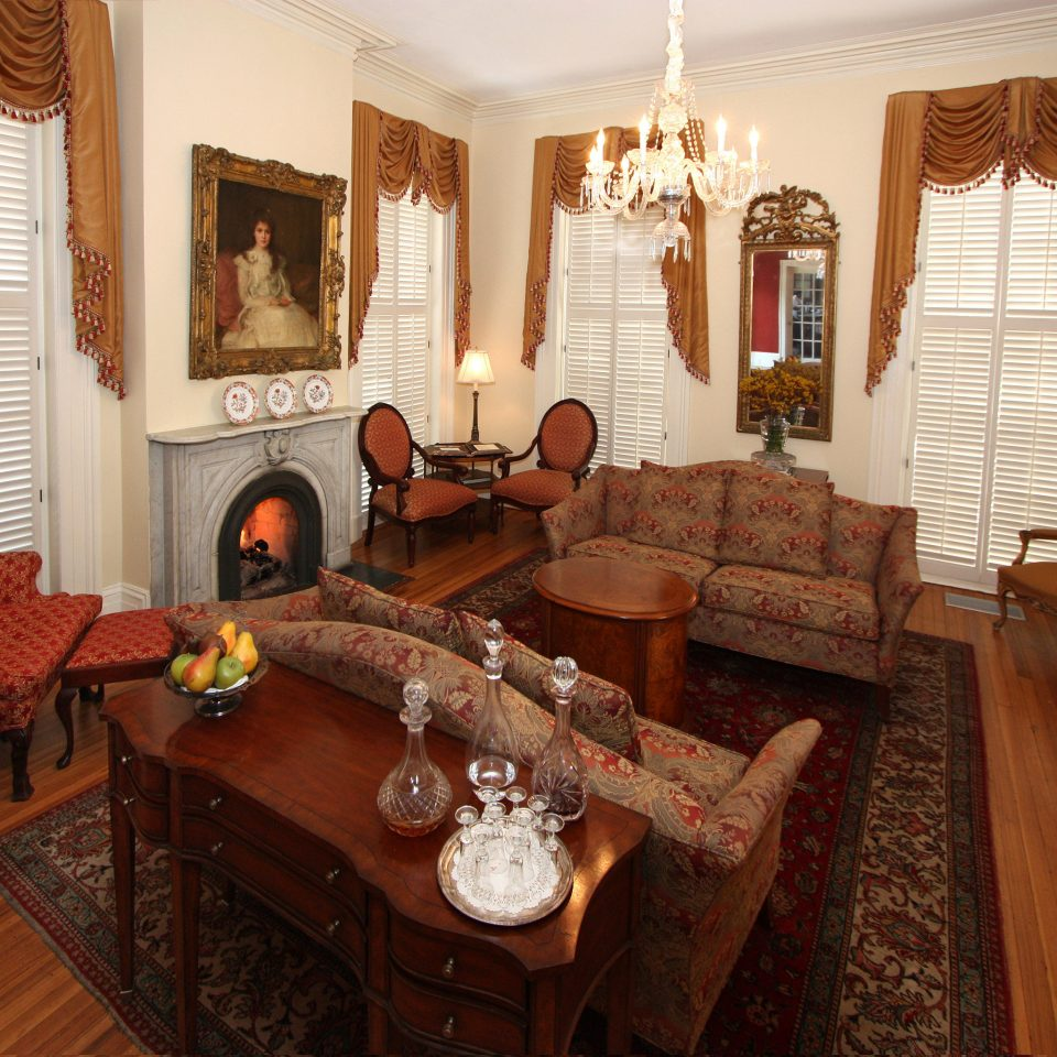 Historic Lounge property living room home Fireplace hardwood cottage Suite Villa mansion