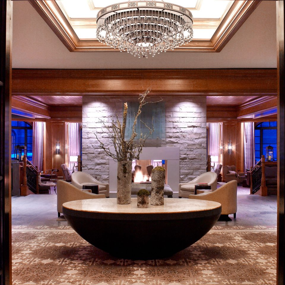 Fireplace Lounge Luxury Resort property Lobby home living room lighting mansion Suite