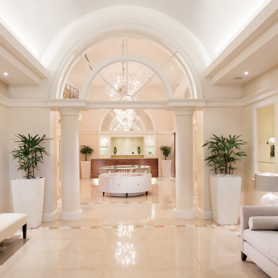 Lobby Lounge Luxury Resort living room property home mansion lighting white Fireplace hall