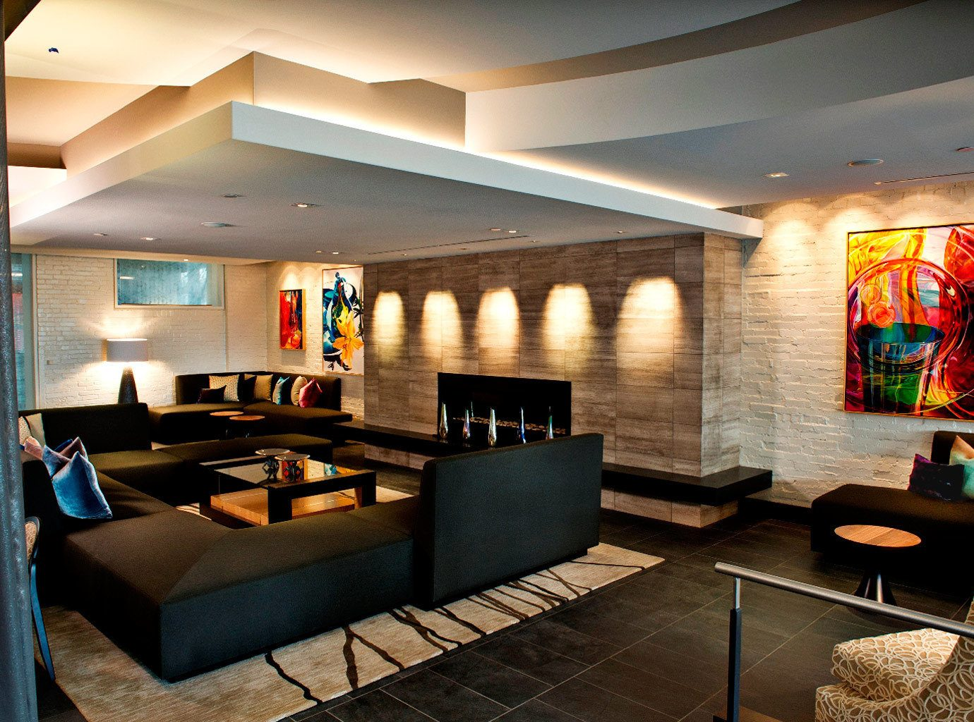 Fireplace Lounge Modern property Lobby recreation room living room lighting home restaurant