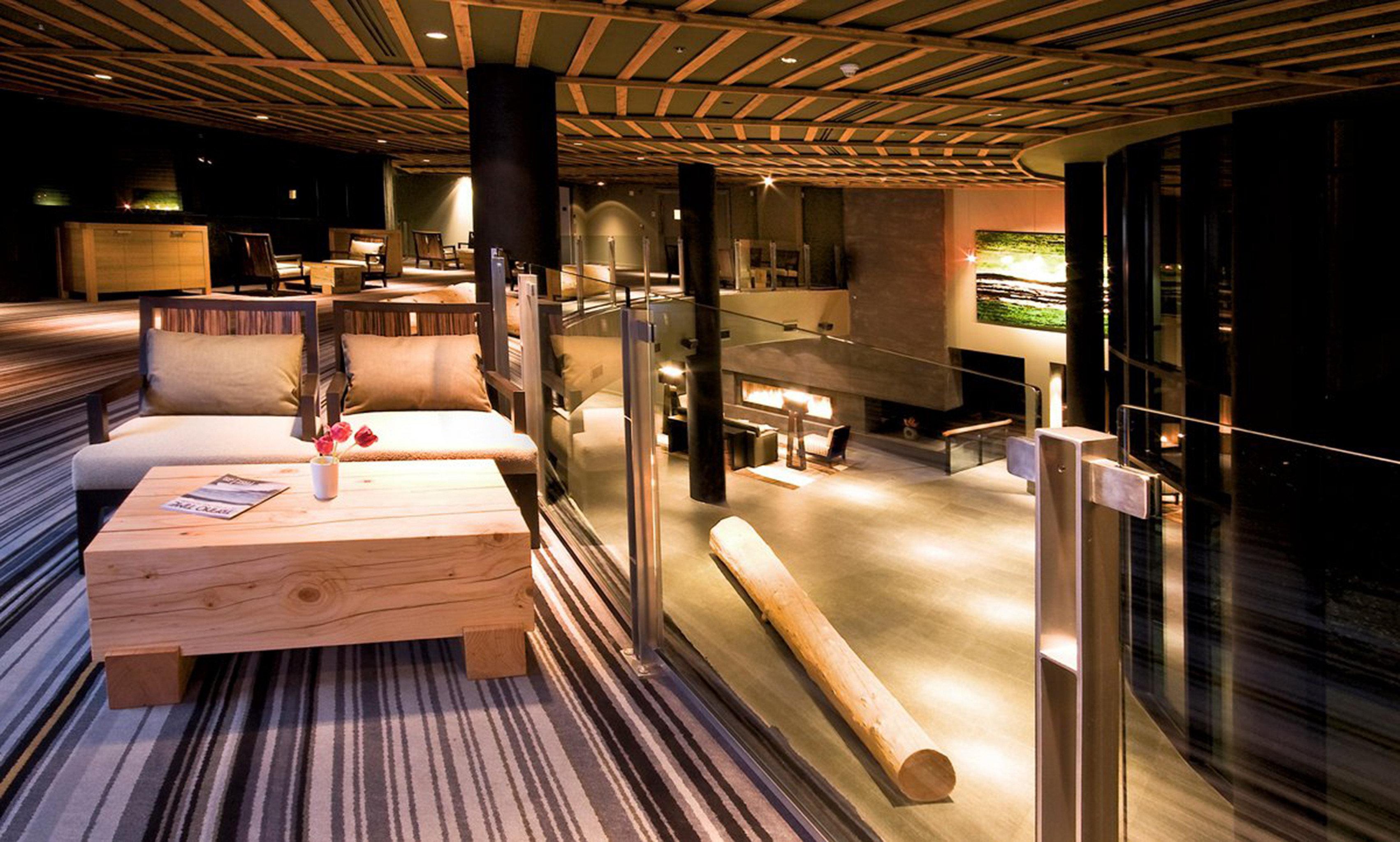Fireplace Lounge Resort lighting Lobby