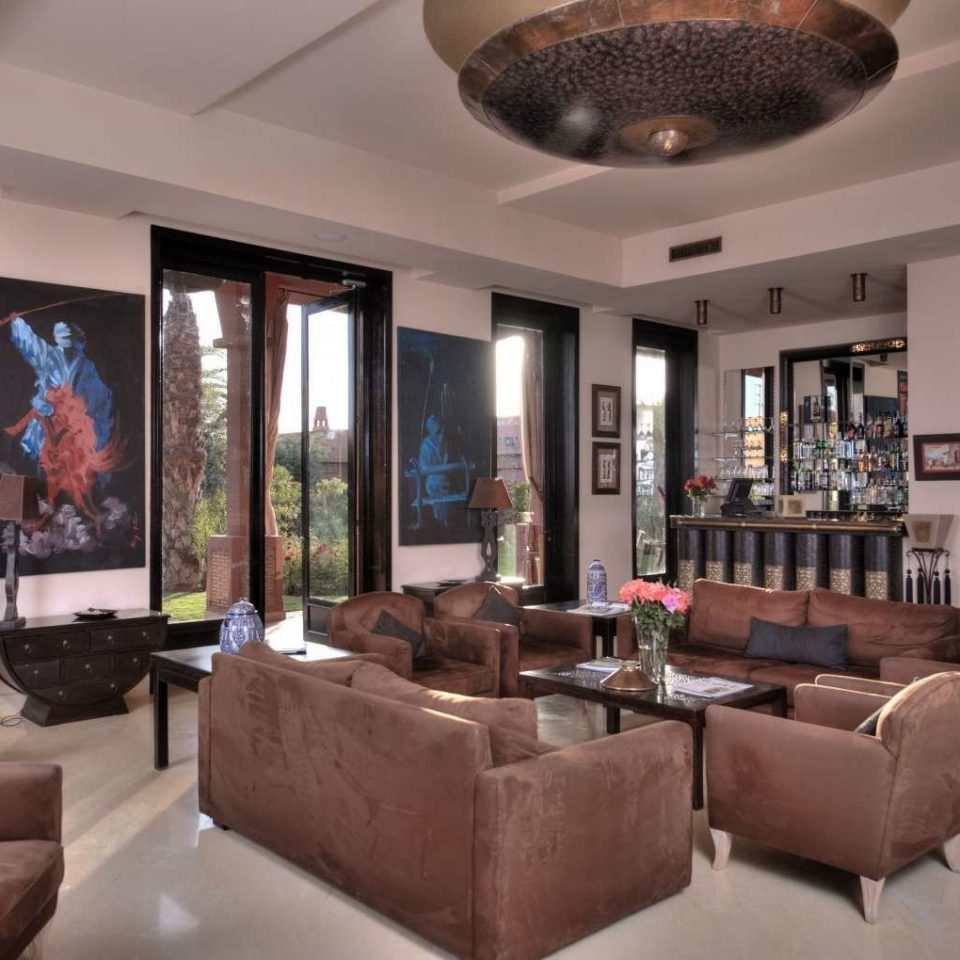 sofa Lobby property living room home Fireplace condominium Resort mansion