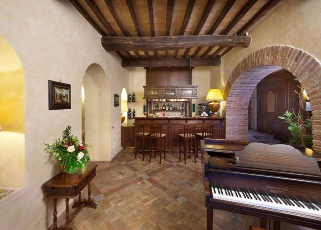property Villa living room mansion Fireplace hacienda home cottage farmhouse Suite Lobby