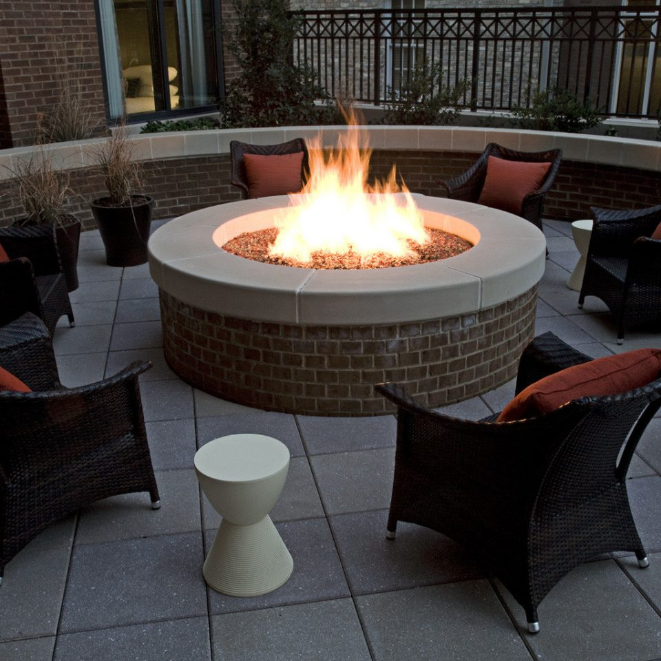 Lounge Luxury Party hearth backyard Fireplace lighting living room outdoor structure Patio