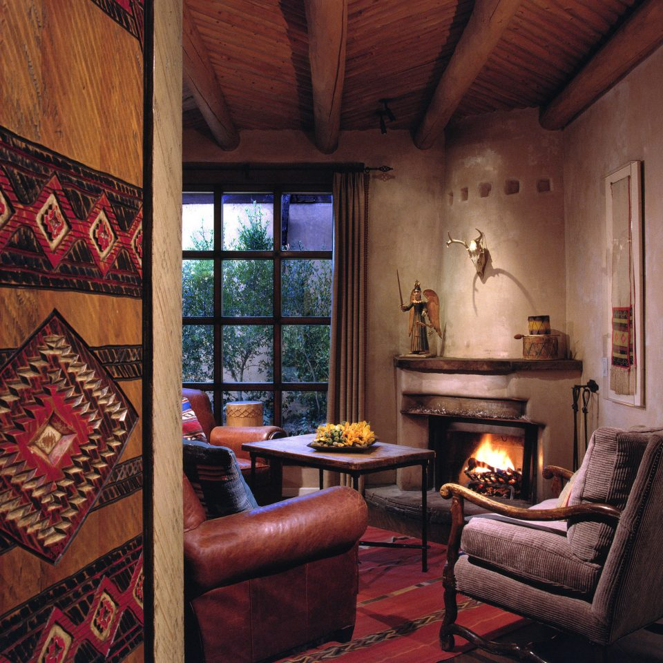 Fireplace Lounge Modern Rustic Trip Ideas property living room house home cottage farmhouse log cabin Suite