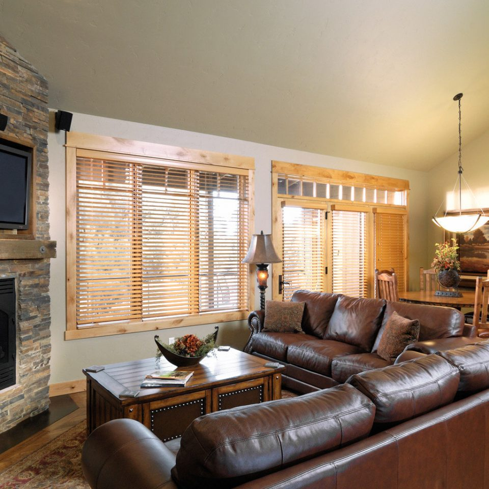Fireplace Lounge Ranch Rustic sofa living room property fire home hardwood cottage farmhouse leather flat