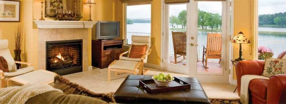 Fireplace sofa fire property living room home Suite cottage Resort Villa mansion flat