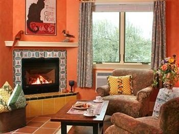sofa Fireplace fire living room property cottage home hearth Villa
