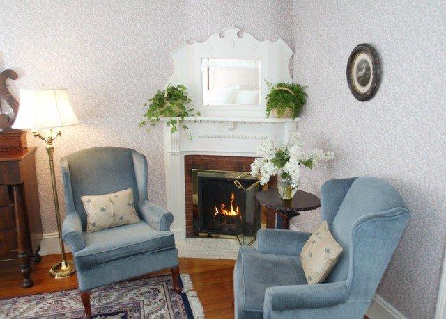 property living room home cottage Fireplace mansion Villa