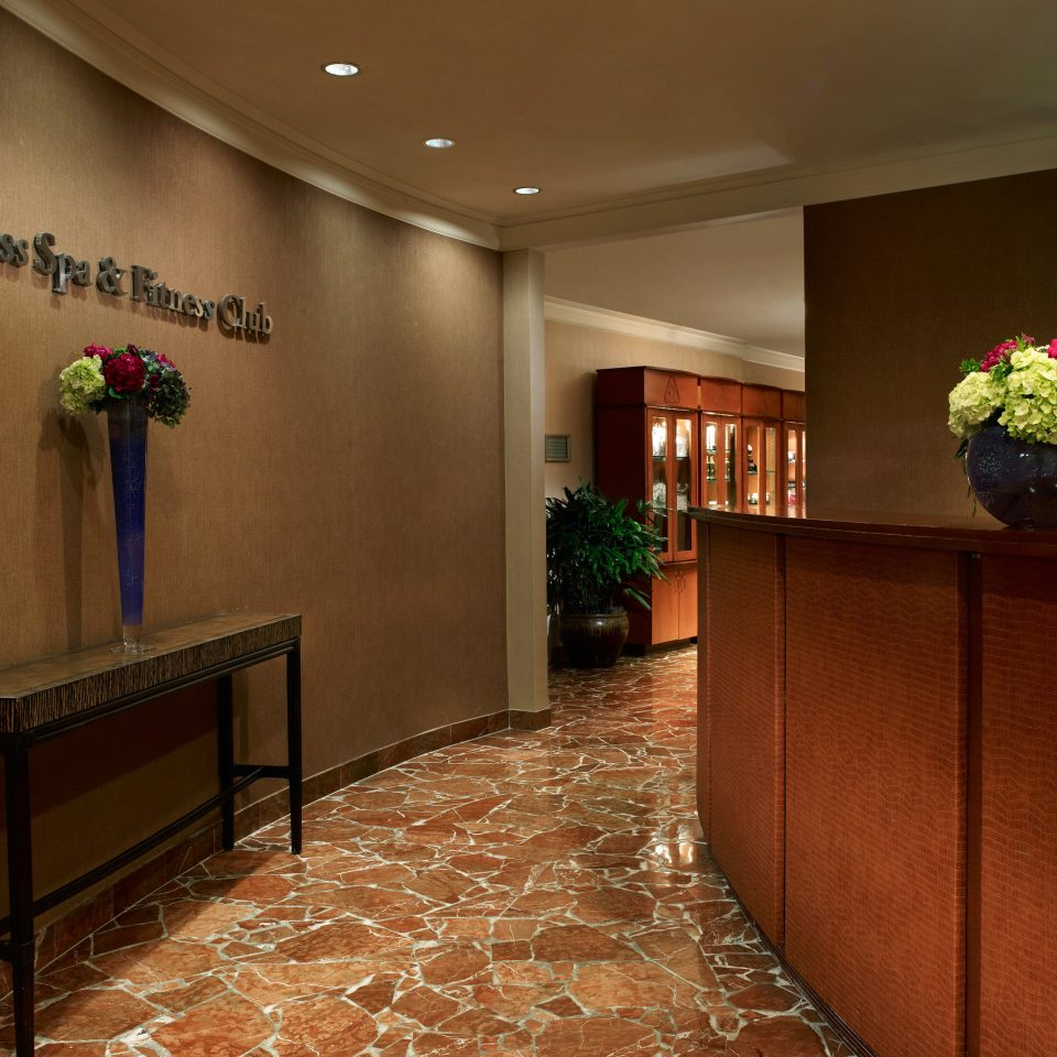 Fitness Lobby Resort Spa property home hall living room basement