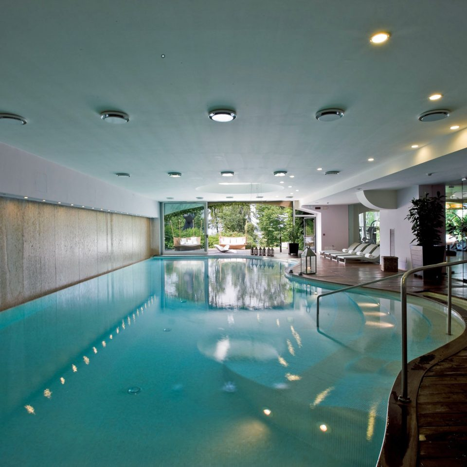 Fitness Lounge Pool Sport swimming pool property leisure leisure centre lighting condominium Resort