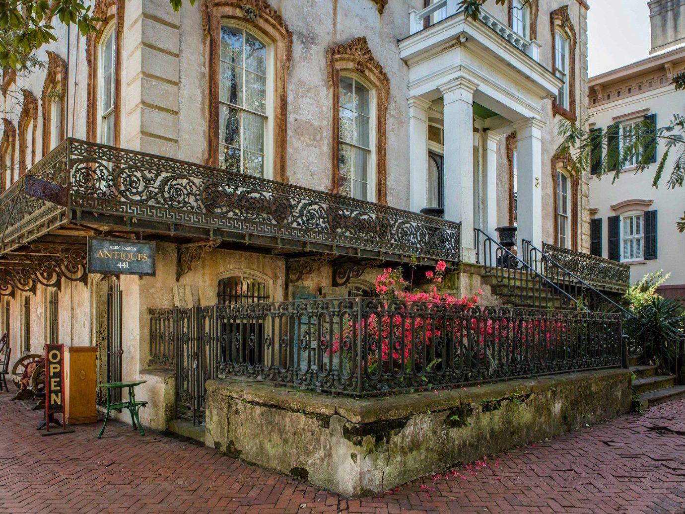 Trip Ideas Weekend Getaways building outdoor Town neighbourhood urban area stone estate tourism facade Courtyard palace walkway