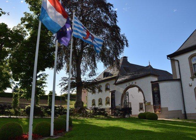 tree sky grass flag