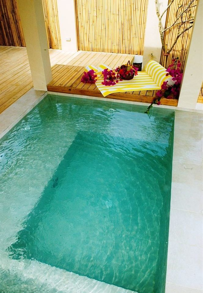 swimming pool green jacuzzi flooring