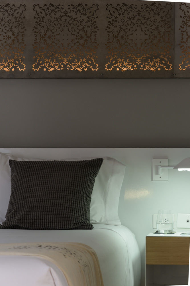 lighting flooring wallpaper living room