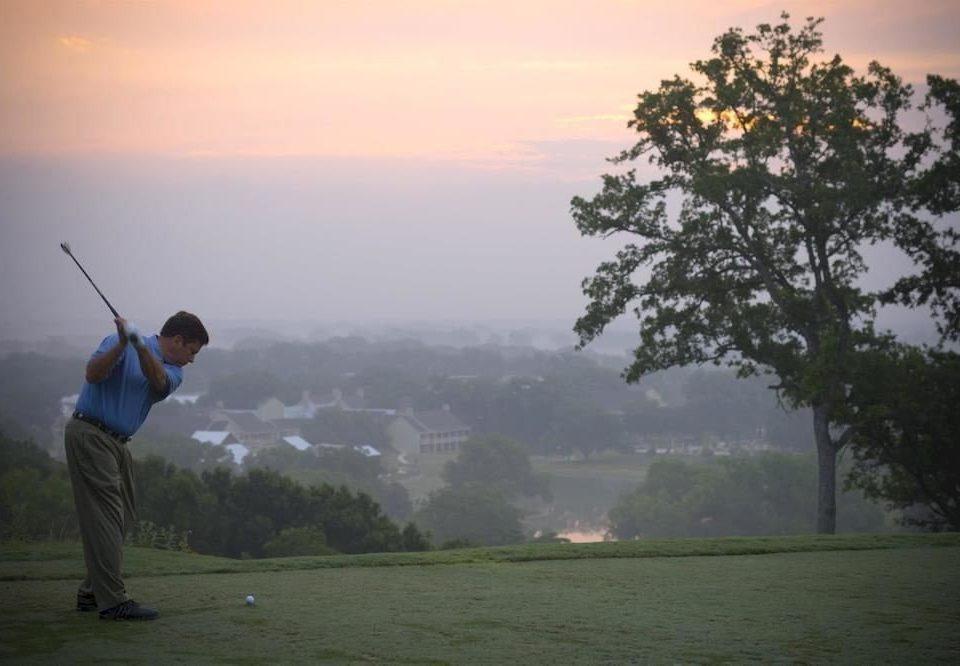 sky man Nature atmospheric phenomenon Sport morning athletic game Golf mist sunlight Fog distance