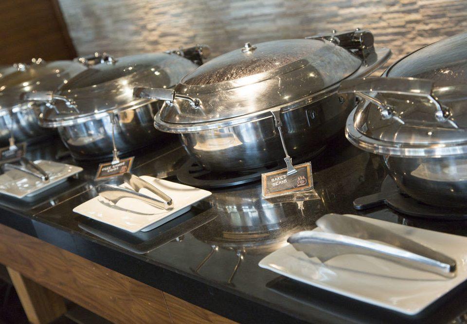 kitchenware food silver pan
