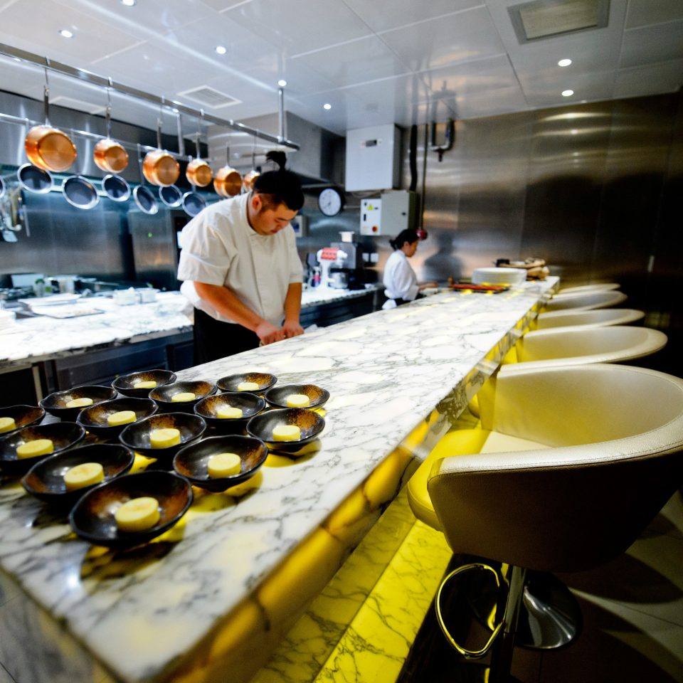 food restaurant sense preparing