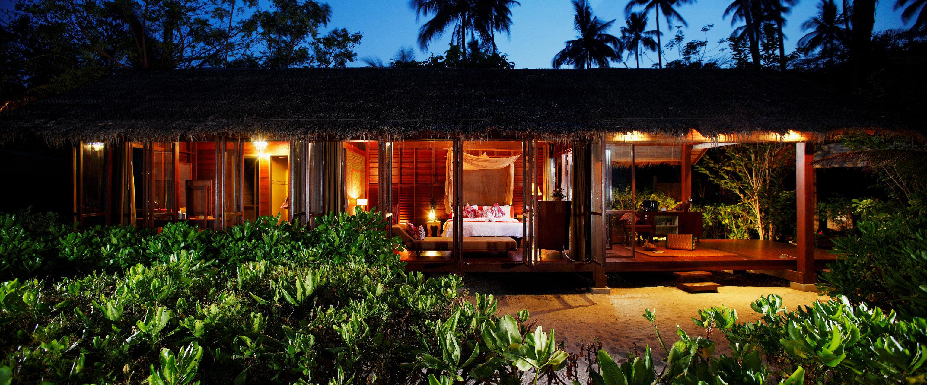 tree house Resort landscape lighting lighting backyard home Jungle flower restaurant Forest night