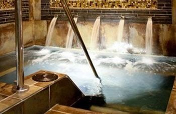 water feature swimming pool thermae fountain
