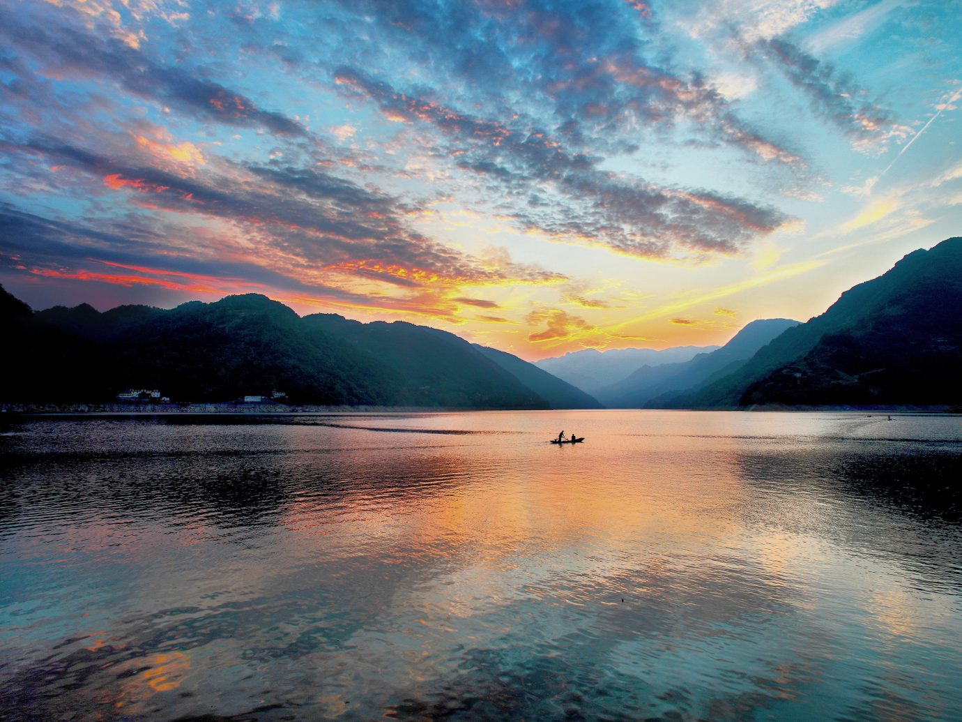 Lakes + Rivers Landmarks water mountain outdoor sky Nature Sea cloud reflection horizon Lake shore sunrise Ocean dawn Sunset Coast loch morning dusk evening afterglow bay canyon computer wallpaper clouds surrounded