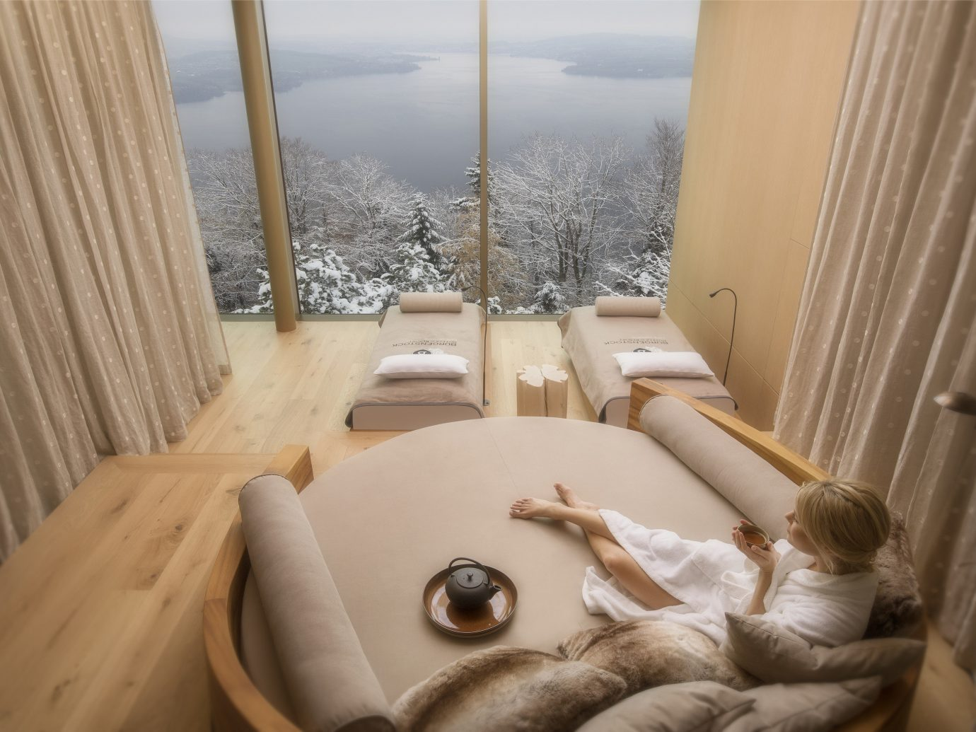 Boutique Hotels Hotels Luxury Travel room property bathtub Suite interior design window bathroom bed
