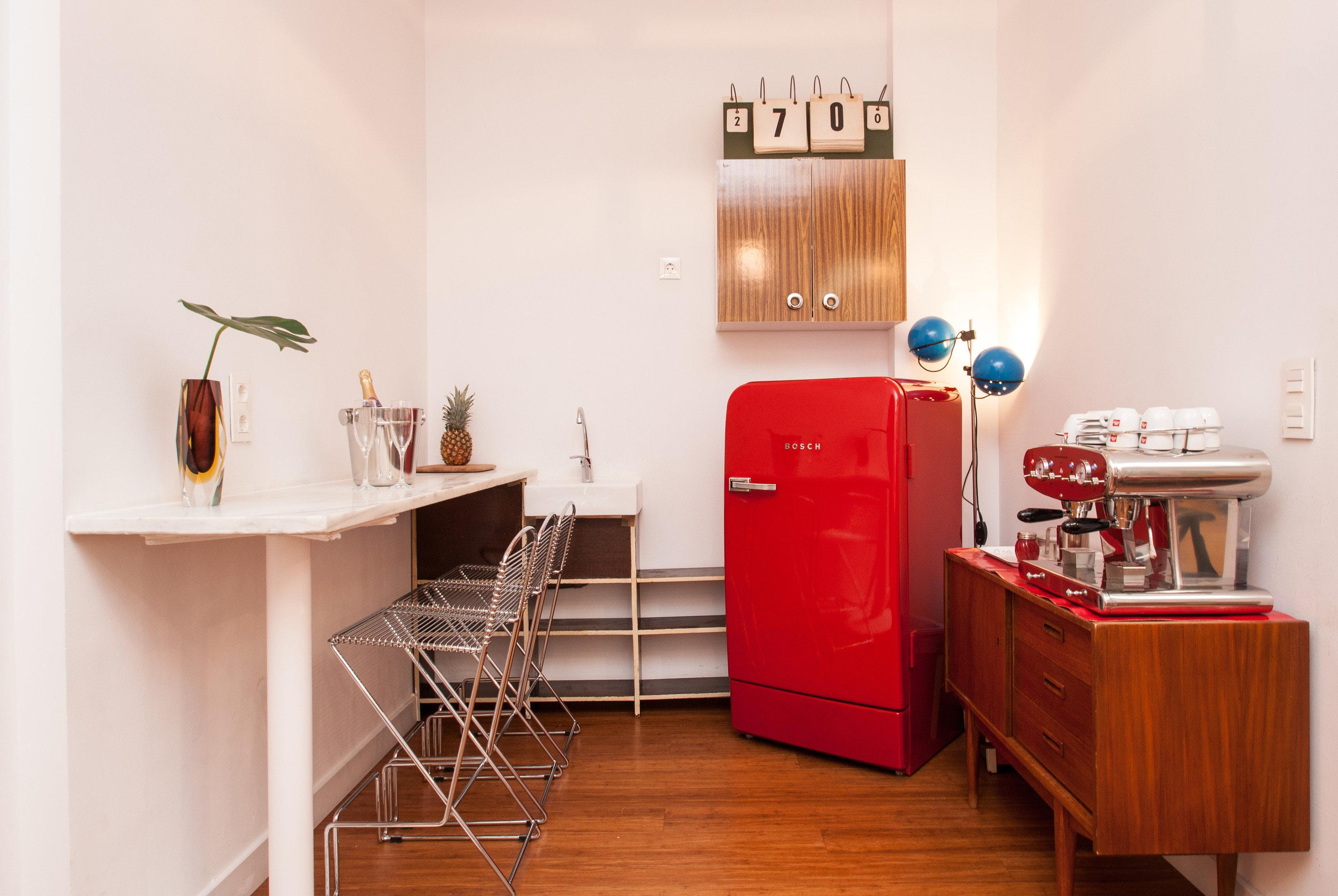 Hotels wall floor indoor room property Kitchen home interior design cabinetry cottage flooring apartment wood hard furniture Bedroom appliance