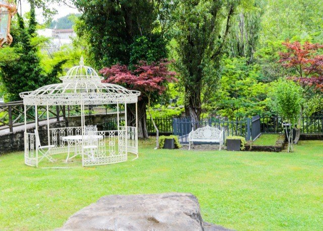 tree grass gazebo Garden backyard yard lawn cottage pavilion park plant lush