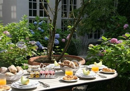 tree plate floristry backyard flower Garden yard water feature dining table